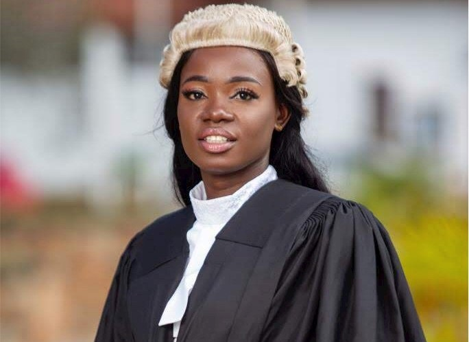 Nurse at night, Lawyer by day; meet Ghana's Elizabeth Owusua
