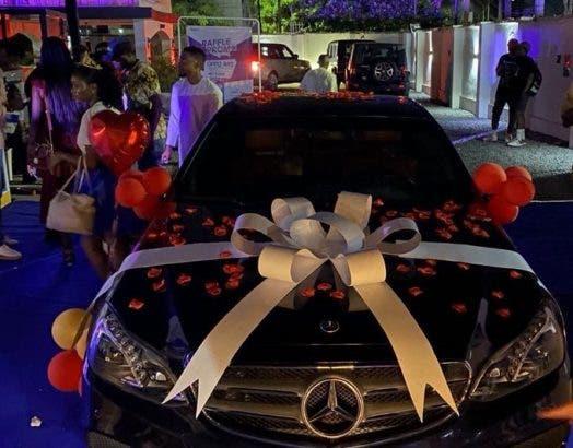 Laycon Mercedes benz