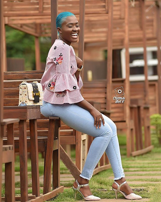 Fans jab bubbly actress Fella Makafui for looking horrible in blue hair